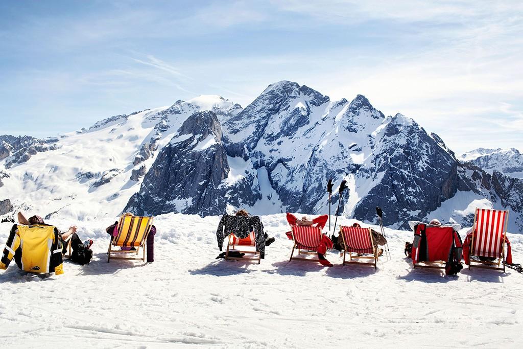 Rast mit Panorama beim Ski Trentino